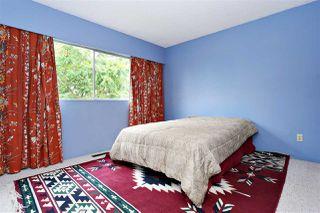 "Photo 12: 15930 ROPER Avenue: White Rock House for sale in ""WHITE ROCK"" (South Surrey White Rock)  : MLS®# R2152356"