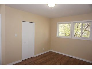 Photo 10: 2420 47 Street SE in Calgary: Forest Lawn House for sale : MLS®# C4114027