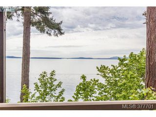 Photo 12: 4755 Carloss Place in VICTORIA: SE Cordova Bay Single Family Detached for sale (Saanich East)  : MLS®# 377701