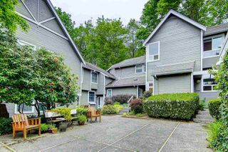 """Photo 1: 3449 WEYMOOR Place in Vancouver: Champlain Heights Townhouse for sale in """"MOORPARK"""" (Vancouver East)  : MLS®# R2168309"""