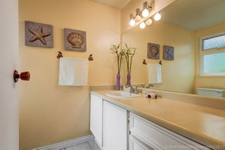 """Photo 6: 3449 WEYMOOR Place in Vancouver: Champlain Heights Townhouse for sale in """"MOORPARK"""" (Vancouver East)  : MLS®# R2168309"""