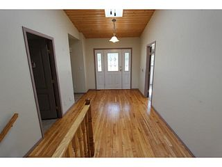 Photo 6: 3684 Forbes Road in Lac La Hache: Home for sale : MLS®# r2068220