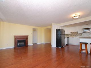 Photo 3: 201 9805 Second St in SIDNEY: Si Sidney North-East Condo for sale (Sidney)  : MLS®# 762562
