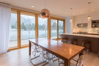 """Photo 5: 38495 SKY PILOT Drive in Squamish: Plateau House for sale in """"Crumpit Woods"""" : MLS®# R2188455"""