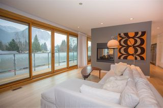 """Photo 1: 38495 SKY PILOT Drive in Squamish: Plateau House for sale in """"Crumpit Woods"""" : MLS®# R2188455"""