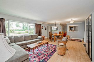 """Photo 2: 8462 BENBOW Street in Mission: Hatzic House for sale in """"Hatzic Lake"""" : MLS®# R2193888"""