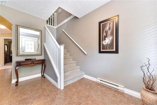 Photo 2: 3322 Blueberry Lane in VICTORIA: La Happy Valley Single Family Detached for sale (Langford)  : MLS®# 382289