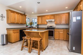 "Photo 8: 11475 CREEKSIDE Street in Maple Ridge: Cottonwood MR House for sale in ""GILKER HILL ESTATES"" : MLS®# R2202593"