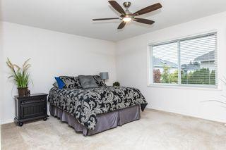 "Photo 13: 11475 CREEKSIDE Street in Maple Ridge: Cottonwood MR House for sale in ""GILKER HILL ESTATES"" : MLS®# R2202593"