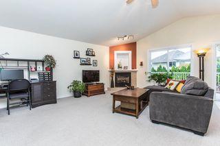 "Photo 7: 11475 CREEKSIDE Street in Maple Ridge: Cottonwood MR House for sale in ""GILKER HILL ESTATES"" : MLS®# R2202593"