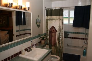 Photo 8: 7423 CRESTWOOD Drive in Sardis: Sardis West Vedder Rd House for sale : MLS®# R2203997