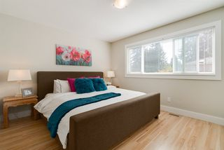 Photo 11: 1497 HAROLD ROAD in North Vancouver: Lynn Valley House for sale : MLS®# R2206557