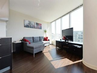 "Photo 3: 1010 445 W 2ND Avenue in Vancouver: False Creek Condo for sale in ""Maynards Block"" (Vancouver West)  : MLS®# R2214607"