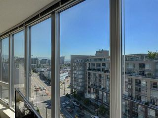 "Photo 13: 1010 445 W 2ND Avenue in Vancouver: False Creek Condo for sale in ""Maynards Block"" (Vancouver West)  : MLS®# R2214607"