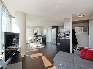"Photo 2: 1010 445 W 2ND Avenue in Vancouver: False Creek Condo for sale in ""Maynards Block"" (Vancouver West)  : MLS®# R2214607"
