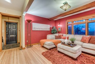 Photo 13: 402 E 5TH Street in North Vancouver: Lower Lonsdale House for sale : MLS®# R2221252
