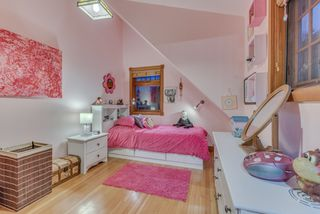 Photo 32: 402 E 5TH Street in North Vancouver: Lower Lonsdale House for sale : MLS®# R2221252