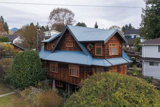 Photo 56: 402 E 5TH Street in North Vancouver: Lower Lonsdale House for sale : MLS®# R2221252
