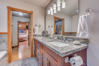 Photo 25: 402 E 5TH Street in North Vancouver: Lower Lonsdale House for sale : MLS®# R2221252