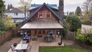 Photo 45: 402 E 5TH Street in North Vancouver: Lower Lonsdale House for sale : MLS®# R2221252