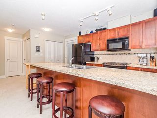 "Photo 2: 205 1174 WINGTIP Place in Squamish: Downtown SQ Condo for sale in ""Talon at Eaglewind"" : MLS®# R2240739"