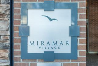 "Photo 1: 1105 1473 JOHNSTON Road: White Rock Condo for sale in ""Miramar Village-Tower B"" (South Surrey White Rock)  : MLS®# R2241122"