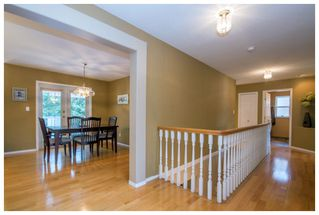 Photo 3: 2915 Canada Way in Sorrento: Cedar Heights House for sale : MLS®# 10148684
