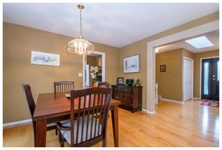Photo 5: 2915 Canada Way in Sorrento: Cedar Heights House for sale : MLS®# 10148684