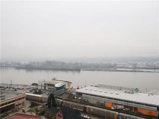 Photo 7: 1901 888 CARNARVON Street in New Westminster: Downtown NW Condo for sale : MLS®# R2246431