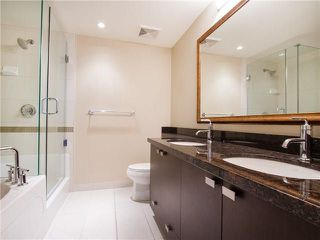 Photo 14: 1901 888 CARNARVON Street in New Westminster: Downtown NW Condo for sale : MLS®# R2246431