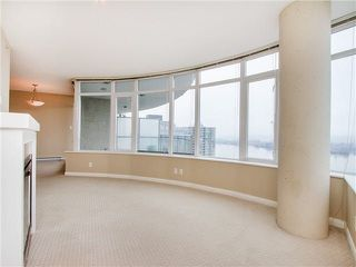 Photo 5: 1901 888 CARNARVON Street in New Westminster: Downtown NW Condo for sale : MLS®# R2246431