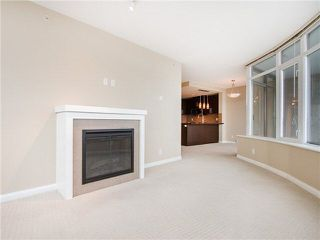 Photo 9: 1901 888 CARNARVON Street in New Westminster: Downtown NW Condo for sale : MLS®# R2246431