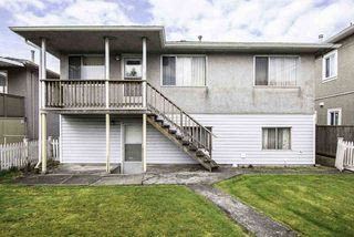 Photo 3: 5832 CULLODEN Street in Vancouver: Knight House for sale (Vancouver East)  : MLS®# R2249137