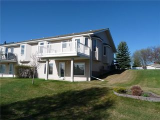 Photo 2: 520 RIVERSIDE Drive NW: High River House for sale : MLS®# C4174457