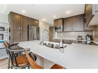 """Photo 7: 1001 125 COLUMBIA Street in New Westminster: Downtown NW Condo for sale in """"Northbank"""" : MLS®# R2257276"""