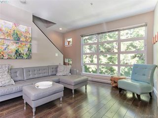 Photo 1: 5 1234 Johnson Street in VICTORIA: Vi Downtown Townhouse for sale (Victoria)  : MLS®# 390536