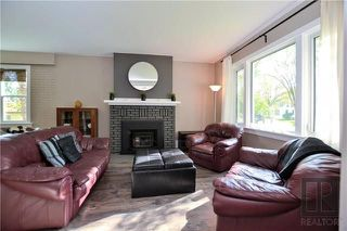 Photo 4: 841 Somerset Avenue in Winnipeg: East Fort Garry Residential for sale (1J)  : MLS®# 1826263