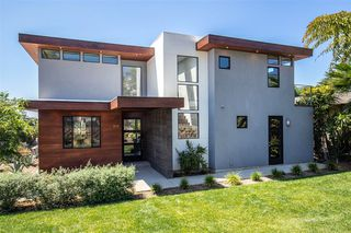 Main Photo: LEUCADIA House for sale : 4 bedrooms : 810 Hygeia in Encinitas