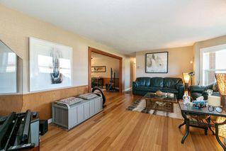 Photo 2: 22210 136 Avenue in Maple Ridge: North Maple Ridge House for sale : MLS®# R2315206