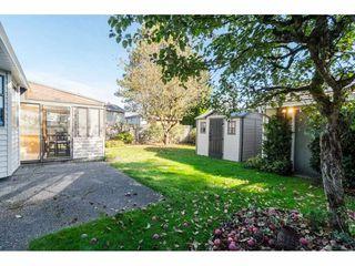 "Photo 2: 9266 154 Street in Surrey: Fleetwood Tynehead House for sale in ""BERKSHIRE PARK"" : MLS®# R2313139"
