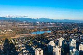 Main Photo: 3711 4670 ASSEMBLY Way in Burnaby: Metrotown Condo for sale (Burnaby South)  : MLS®# R2322566