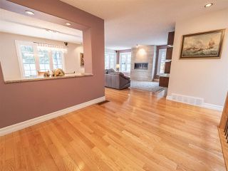 Photo 2: 5304 141 Street in Edmonton: Zone 14 House for sale : MLS®# E4144576