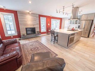Photo 9: 5304 141 Street in Edmonton: Zone 14 House for sale : MLS®# E4144576