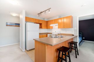 """Photo 9: 301 1205 FIFTH Avenue in New Westminster: Uptown NW Condo for sale in """"River Vista"""" : MLS®# R2356952"""