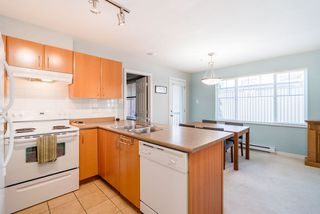 """Photo 7: 301 1205 FIFTH Avenue in New Westminster: Uptown NW Condo for sale in """"River Vista"""" : MLS®# R2356952"""