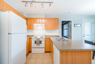 """Photo 8: 301 1205 FIFTH Avenue in New Westminster: Uptown NW Condo for sale in """"River Vista"""" : MLS®# R2356952"""