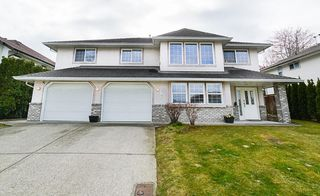 Photo 1: 34965 MILLAR Crescent in Abbotsford: Abbotsford East House for sale : MLS®# R2358143