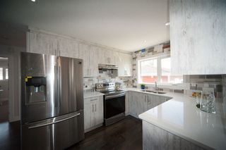 Photo 10: 6303 94A Avenue in Edmonton: Zone 18 House for sale : MLS®# E4153679