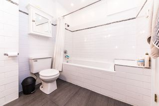 Photo 5: 2813 JANE Street in Port Moody: Port Moody Centre House for sale : MLS®# R2364051
