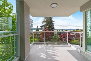 Photo 17: 401 1455 DUCHESS Avenue in West Vancouver: Ambleside Condo for sale : MLS®# R2364582
